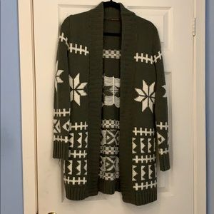 Winter cardigan sweater - size M